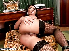 Blonde Candy Strong shows her naughty parts before she masturbates