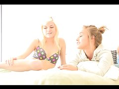 Blonde teens give you a boner as they masturbate one another