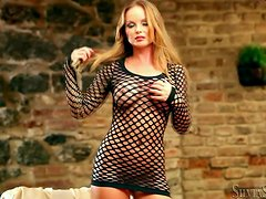 A luxury blond Silvia Saint is in the hottest solo