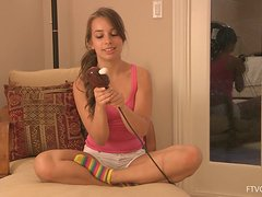 Sofia feels happy to test her new dildo in solo sex video