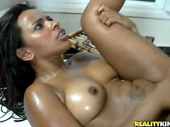 Oiled up Samira Ferraz blows a big dick and gets hammered