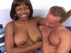 Bob fucks with a chubby ebony Claretta