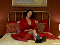 Lusty brunette chick Veronica Avluv got some devices