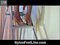 Cora nylon feet action
