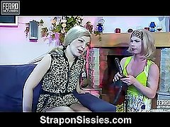 Ninette&Silvester female clothed couple in action
