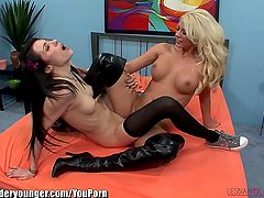 LesbianOlderYounger Horny Tribbing with Blonde MILF