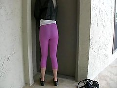 Blond girls starts peeing spandex leggings