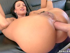 Franceska Gives Her Man a Boner!