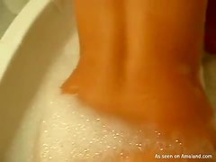 Hot bodied Latina gives a BJ & gets fucked in the bathtub