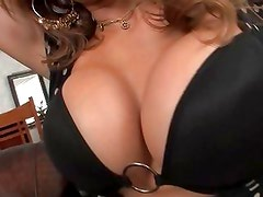 Monique Fuentes gives her pussy a thorough service