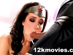 WonderWoman Sex Parody XXX