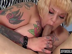 Blonde plumper Anna Anarchy gets her pussy hammered hard