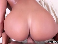Juicy booty brunette lass gets pounded