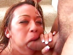 Mia Lelani works to get a cum drink from a hard cum fountain