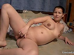 Brunette babe is pregnant & looking to fuck