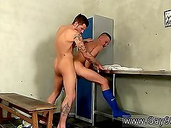Sex massive bodybuilder men tube Dan