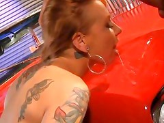 Scarlett Pain gets outdoors fuck on car's hood and licks it later