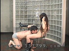 Japanese Mistress lick pussy to slave.