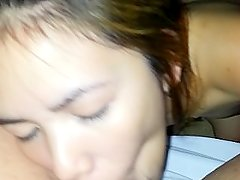 Beatiful Filipina Loves To Suck Balls