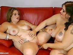 2 Busty BBW Lesbians Lick Big Belly and Pussy