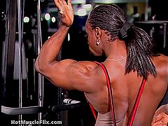 Dayana Cadeau 03 - Female Bodybuilder