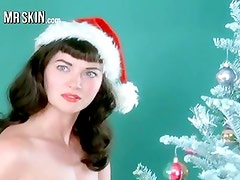 Christmas celebs get naughty as they suck and fuck!