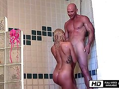 Kissa Sins Private Sex Tape - Gym and Shower Fuck with Johnny Sins