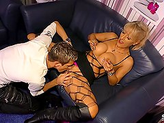 SexTape Germany - Blonde MILF with silicone tits fucks for first time porn