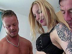 ReifeSwinger - German Babe gets her ass and pussy fucked hard