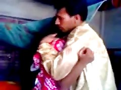 Indian newly married guy trying zabardasti to wife very shy