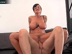 Busty Lisa Ann hardcore fuck with Steve Holmes