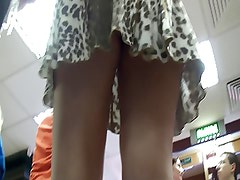 upskirt shop 3