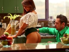 Cooking Up A Hardcore Fuck With The Hot Babe Madison Ivy