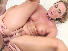 Flower Tucci Anal Squirting