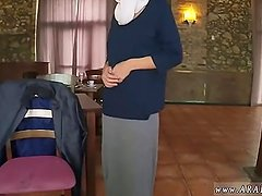 Arab hooker Hungry Woman Gets Food and Fuck