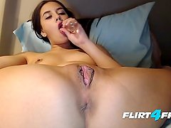 Amateur Petite Babe Fondles Her Tight Pussy