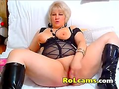 Seductive Mature With Hot Body Ass Fingering