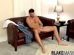 Leo Jenson plays with his fat prick solo