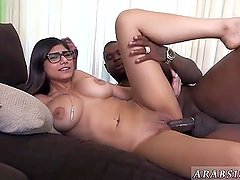 Arab casting couch Mia Khalifa Tries A Big