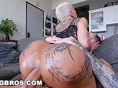 BANGBROS - Big Booty Pornstar Bella Bellz Does Anal For Her Comeback