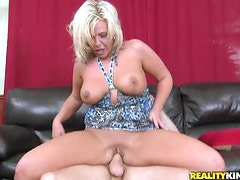 Blonde Milf Gets Her Mouthwatering Shaved Pussy Pleased