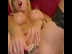 females masterbate while cumming for phill