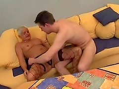 Mature spreads wide fo ra hardcore fuck