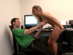 Blonde Hottie Aubrey Adams Loves Giving Out Handjobs