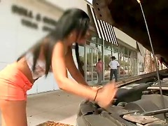 Sexy Brunette's Car Get Broken Down And SO She Uses Her Hot Ass For Help