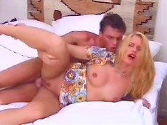 Horny Old School Milf Gets Her Pink Shaved Pussy Pounded