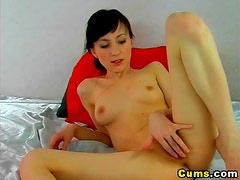 Babe Love to play her Dildo HD
