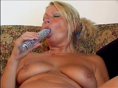 Chubby Mature Babe Toying With Her Big Beaver