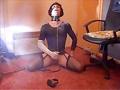 me hogtied whipped and allowed to escape and mastubate...x