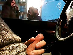 flashing cum in a car